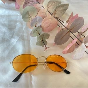 Sunglasses Round Frames with Yellow Lenses
